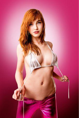 Anny Aurora - Platz 6 der beliebtesten Sex Cam Girls